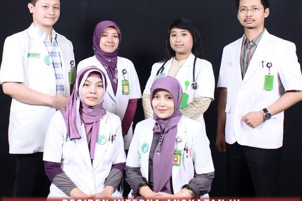residen-angkatan-ke-6-ppds-interna-solo-universitas-negeri-solo-surakarta-website-resmi-2014-2015-support-design-develop-by-duaide