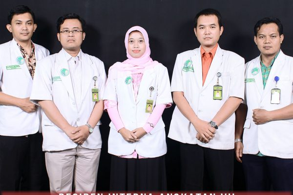 residen-angkatan-ke-7-ppds-interna-solo-universitas-negeri-solo-surakarta-website-resmi-2014-2015-support-design-develop-by-duaide