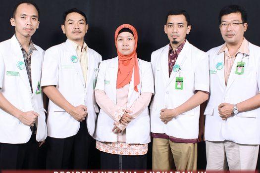 residen-angkatan-ke-9-ppds-interna-solo-universitas-negeri-solo-surakarta-website-resmi-2014-2015-support-design-develop-by-duaide